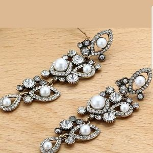 Jewelry - Multi Crystal Rhinestone Silver Plated Long Eardin